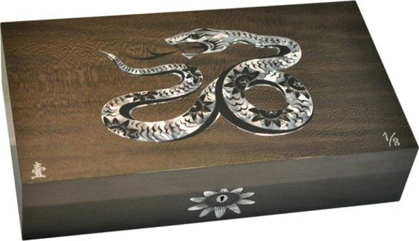 Elie Bleu Mother-of-Pearl Snake Limited Edition Humidor Grey (Numbered 1-8)